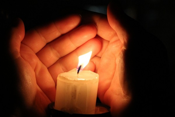 Candle hand Palm